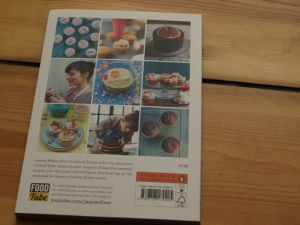 rezension cake book cupcake jemma back
